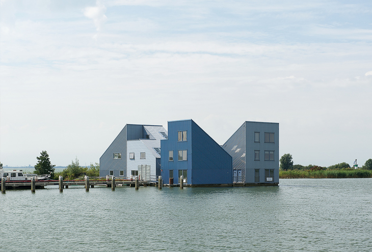 Floating-City,-Almere-Pampushaven,-NL