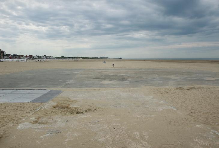 Zeebrugge, B